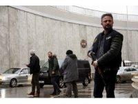 """Samsun'da polis """"dur"""" ihtarına uymayan aracın lastiklerine ateş etti"""
