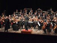 Cumhurbaşkanlığı Senfoni Orkestrası, Civelek'e eşlik edecek