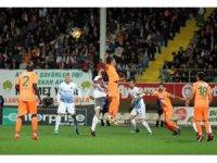 Spor Toto Süper Lig: Aytemiz Alanyaspor: 1 - Trabzonspor: 2 (Maç sonucu)