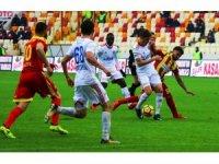 Spor Toto Süper Lig: Evkur Yeni Malatyaspor: 3 - Kardemir Karabükspor:1 (Maç sonucu)