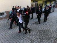 Adana'da husumet kavgası: 5 yaralı