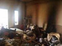Emekli öğretmen evinde çıkan yangında hayatını kaybetti