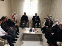 Vali Ustaoğlu, şehit ve gazi ailelerini ziyaret etmeye devam ediyor
