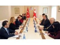 İçişleri Bakanı Soylu, Gürcistan Başbakanı Giorgi Kvirikaşvili ile bir araya geldi