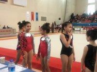 Türkiye Artistik Jimnastik grubu yarı final maçları yapıldı