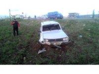 Otomobil ile pikap çarpıştı: 3 Yaralı