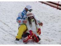 Palandöken'de kayak keyfi Mart ayında da devam ediyor