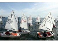 Tekirdağ'da Sağlıklı Nesiller Yelken Yarışması düzenlendi