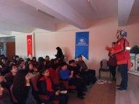Kula'da öğrencilere 'Davranışsal Bağımlılık' semineri