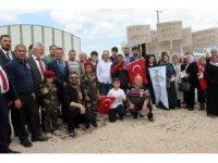 'Kağızmanlı Anneler' Mehmetçiğe destek için sınır hattında