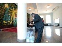Abhazya'da yaşayan Rusya vatandaşları oy kullanıyor