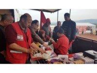 Türk Kızılayı kan bağışı tırı sınırda