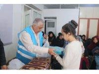 Gaziantep'te Suriyeli yetim çocuklara yardım