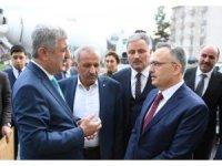 Maliye Bakanı Ağbal, Yeşilyurt Belediyesini ziyaret etti