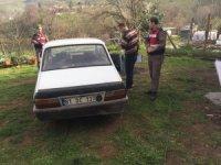 Çaldığı aracın benzini bitti başka araç çaldı