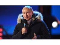 """Putin'den zafer konuşması: """"Sonuç için çok teşekkür ederim"""""""