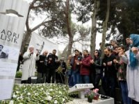 Sadri Alışık mezarı başında anıldı