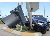 Ünye'de maddi hasarlı kaza