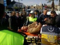 Samsun'da 2 otomobil polis aracına çarptı: 2 yaralı