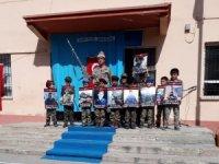 Minik öğrenciler Çanakkale ve Afrin şehitlerini andı