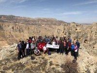 Ekstrem Dağcılık ve Doğa Sporları Kulübü'nden Çanakkale Zaferi yürüyüşü