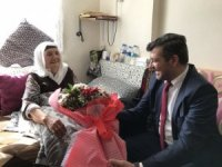Aksaray'da AK Parti heyeti yaşlılarla buluştu