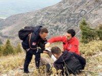 Dağda mahsur kalan vatandaşa kurtarma operasyonu