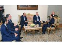 Mısır Devlet Başkanı Abdülfettah es-Sisi, Yunanistan Dışişleri Bakanı Nikos Kocyas'ı kabul etti
