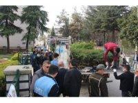 Bucak'ta ücretsiz fidan dağıtıldı