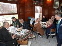 """Başkan Aydıner, """"Bayrampaşalı Çınarlarla"""" bir araya geldi"""