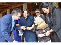 Başkan Saka, yaşlılar ile yemekte buluştu