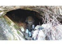 Tunceli'de 6 sığınak, 2 mağara imha edildi