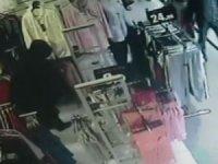 Poşetli pijama hırsızı kamerada
