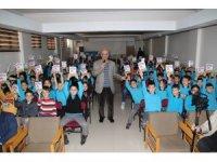 Yazar Yazgan öğrencilerle buluştu