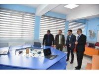 Başkan Doğan, STEM sınıfına 3D yazıcı hediye etti