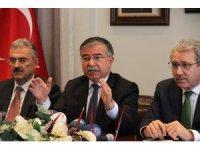 Milli Eğitim Bakanı Yılmaz İzmir'de