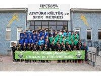 Başkan Fadıloğlu, yeşil sahanın şampiyonlarıyla buluştu