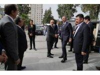 Adalet Bakanı Gül, Vali Demirtaş'ı ziyaret etti