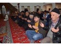 Muş'ta camilerde namazlar kılındı,  dualar edildi