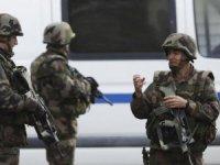Fransa'da rehine krizi: 2 kişi öldü, 10 kişi yaralandı