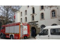 Kültür merkezinde korkutan yangın
