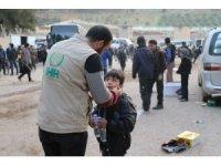Doğu Guta'nın Haresta beldesinden gelen kafileyi İHH ekipleri karşıladı