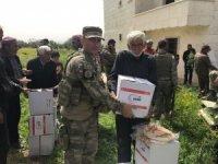 Afrin'de birlik tabibi sağlık kontrolü yaptı