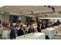 Jinekolog adayları uzmanlarla mesleğe hazırlanıyor