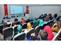 NEÜ Sosyal ve Beşeri Bilimler Fakültesinde Çanakkale anlatıldı