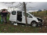 Sandıklı'da trafik kazası: 3 yaralı