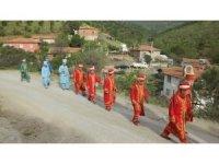 Köyde mehteranlı düğün