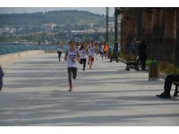 Aliağa'da 23 Nisan Koşusu'nda kıyasıya mücadele