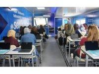 Türk Telekom Eğitim tırı Elazığ'da