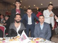 Arda Turan, Bayrampaşa Taraftarlar Derneği'nin yemeğine katıldı
